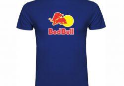 Majice z napisom kot promocijski izdelki